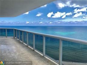 Property for sale at 6301 Collins Ave Unit: 2202, Miami Beach,  Florida 33141