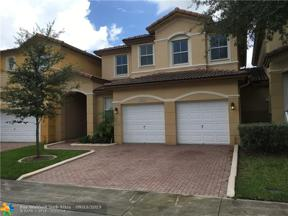 Property for sale at 8405 NW 113Th Path, Doral,  Florida 33178