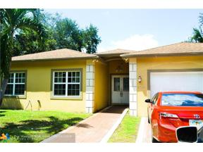 Property for sale at 1541 NE 132nd Rd, North Miami,  Florida 33161