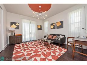 Property for sale at 410 NE 36 St Unit: 3, Oakland Park,  Florida 33334