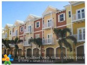 Property for sale at 2332 Vintage Dr Unit: 2332, Lighthouse Point,  Florida 33064