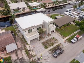 Property for sale at 2410 NE 48th St, Lighthouse Point,  Florida 33064
