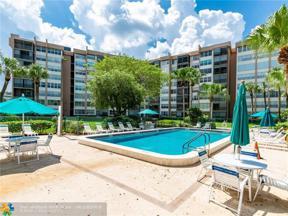 Property for sale at 900 Saint Charles Pl Unit: 714, Pembroke Pines,  Florida 33026
