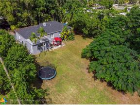 Property for sale at 328 NW 143rd St, Miami,  Florida 33168