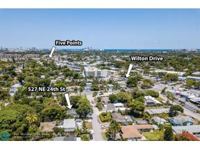Property for sale at 527 NE 24th St, Wilton Manors,  Florida 33305