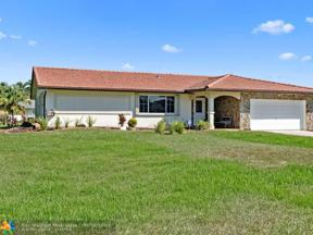 Property for sale at 20431 SW 49th Ct, Southwest Ranches,  Florida 33332