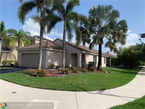 Property for sale at 1371 Sabal Trl, Weston,  Florida 33327
