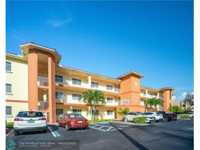 Property for sale at 4401 Crystal Lake Dr Unit: 302, Deerfield Beach,  Florida 33064