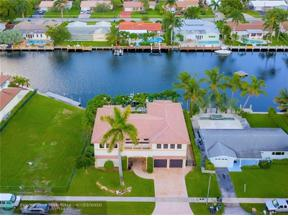 Property for sale at 2601 NE 50th St, Lighthouse Point,  Florida 33064