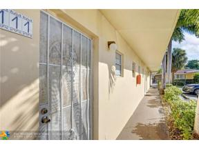Property for sale at 2815 NE 201st Ter Unit: L111, Aventura,  Florida 33180