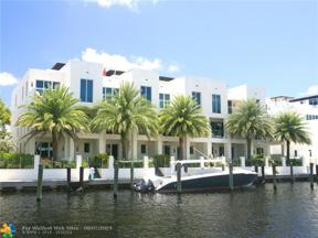 Property for sale at 261 Shore Ct, Lauderdale By The Sea,  Florida 33308