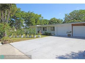 Property for sale at 702 NE 33rd St, Oakland Park,  Florida 33334