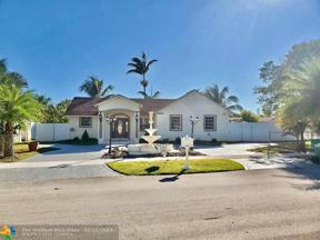 Property for sale at 12540 SW 219th St, Miami,  Florida 33170