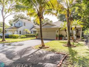 Property for sale at 2601 Lake Park Cir W, Davie,  Florida 33328