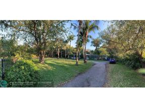 Property for sale at 7480 SW 122nd St, Pinecrest,  Florida 33156