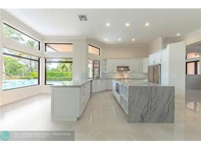 Property for sale at 3041 W Lake Vista Cir, Davie,  Florida 33328