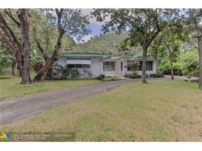 Property for sale at 2451 SW 15th Ave, Fort Lauderdale,  Florida 33315