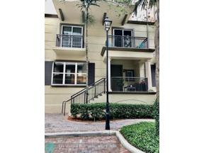 Property for sale at 2601 NE 14th Ave Unit: 114, Wilton Manors,  Florida 33334