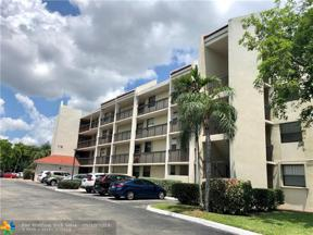 Property for sale at 115 Lake Emerald Dr Unit: 208, Oakland Park,  Florida 33309