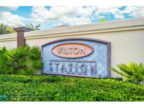 Property for sale at 2617 NE 14th Ave Unit: 306, Wilton Manors,  Florida 33334
