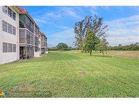 Property for sale at 9611 N Hollybrook Lake Dr Unit: 204, Pembroke Pines,  Florida 33025