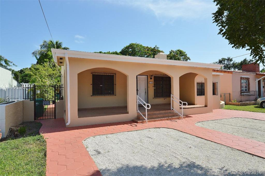 Photo of home for sale at 2730 18th St, Miami FL