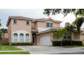 Property for sale at 14382 N Royal Cove Cir, Davie,  Florida 33325