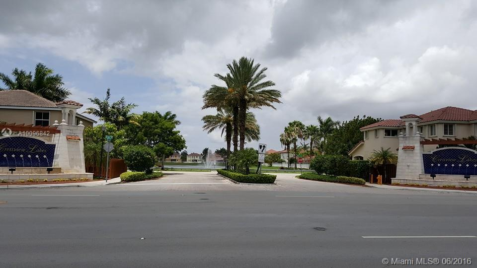 Photo of home for sale at 16468 66 St SW, Miami FL