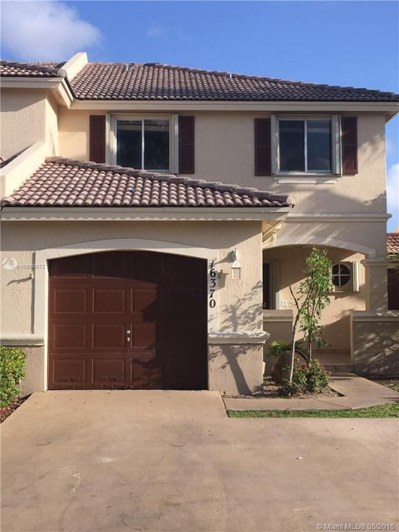 Photo of home for sale at 16370 75th St SW, Miami FL