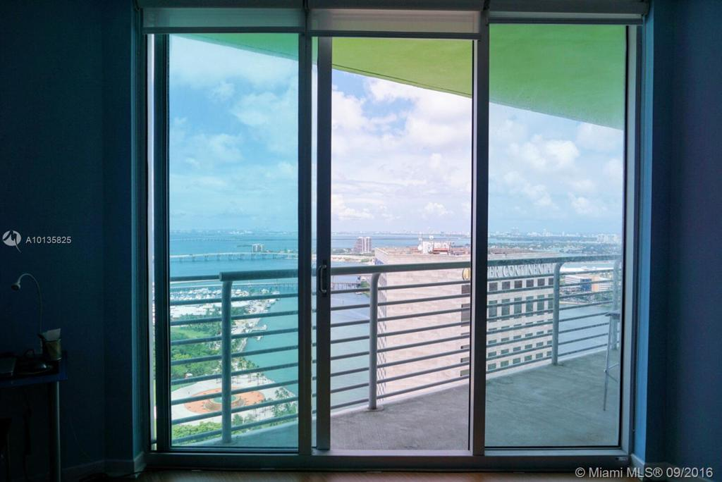 Photo of home for sale at 325 Biscayne Blvd S, Miami FL