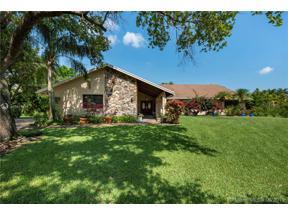 Property for sale at 11945 Silver Oak Dr, Davie,  Florida 33330