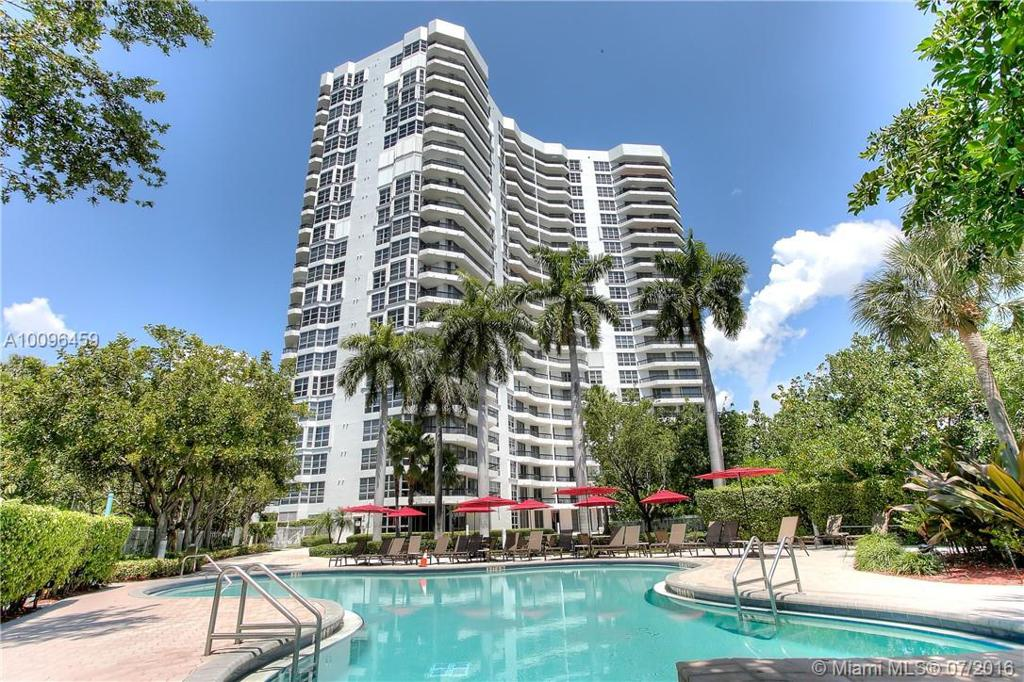Photo of home for sale at 3400 192nd St NE, Aventura FL