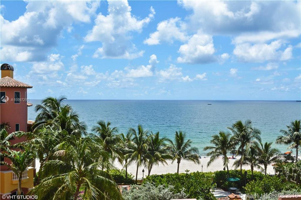 Photo of home for sale at 2100 Ocean Blvd, Fort Lauderdale FL