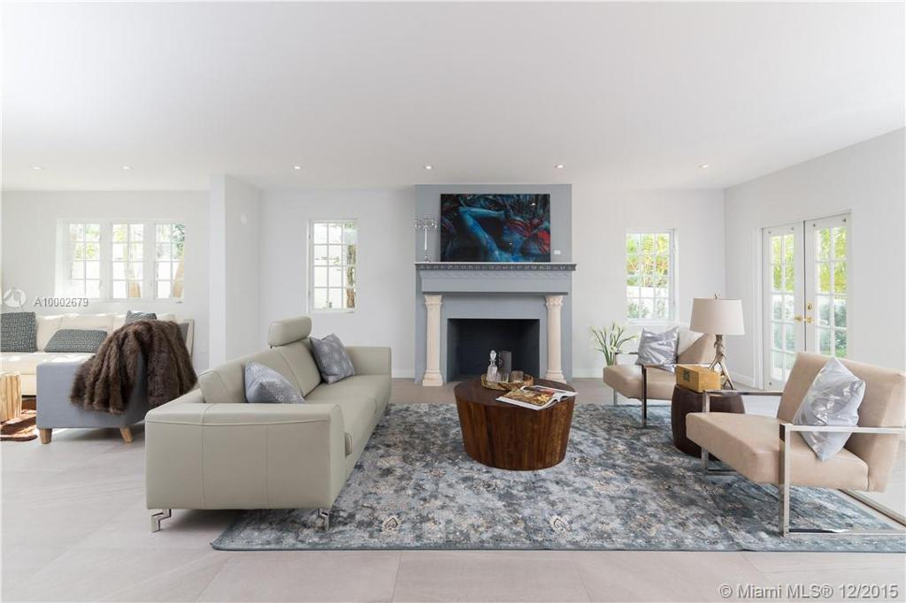 Photo of home for sale at 5637 La Gorce Dr., Miami Beach FL