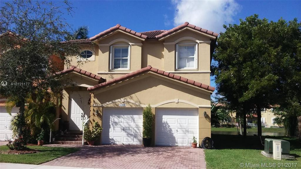 Photo of home for sale at 8394 114th Path NW, Doral FL