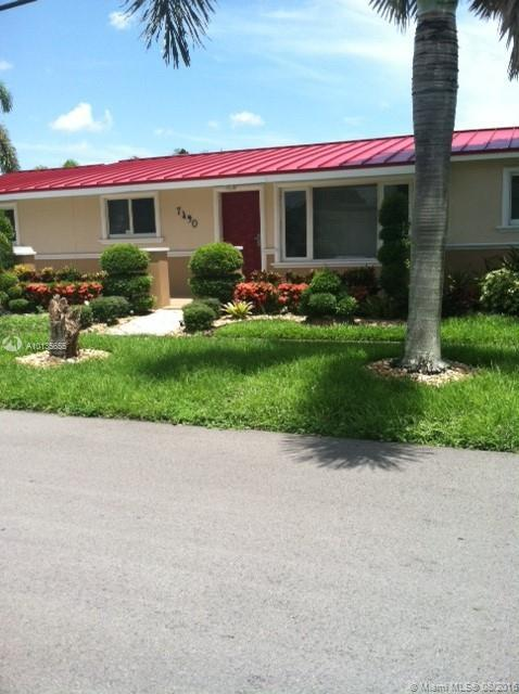 Photo of home for sale at 7490 Fillmore St, Hollywood FL