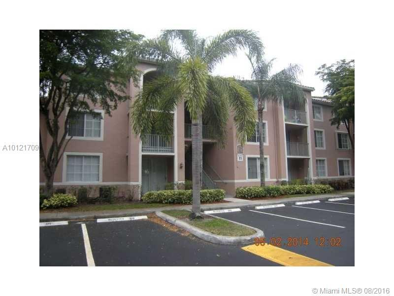Photo of home for sale at 12166 Saint Andrews  Place, Miramar FL
