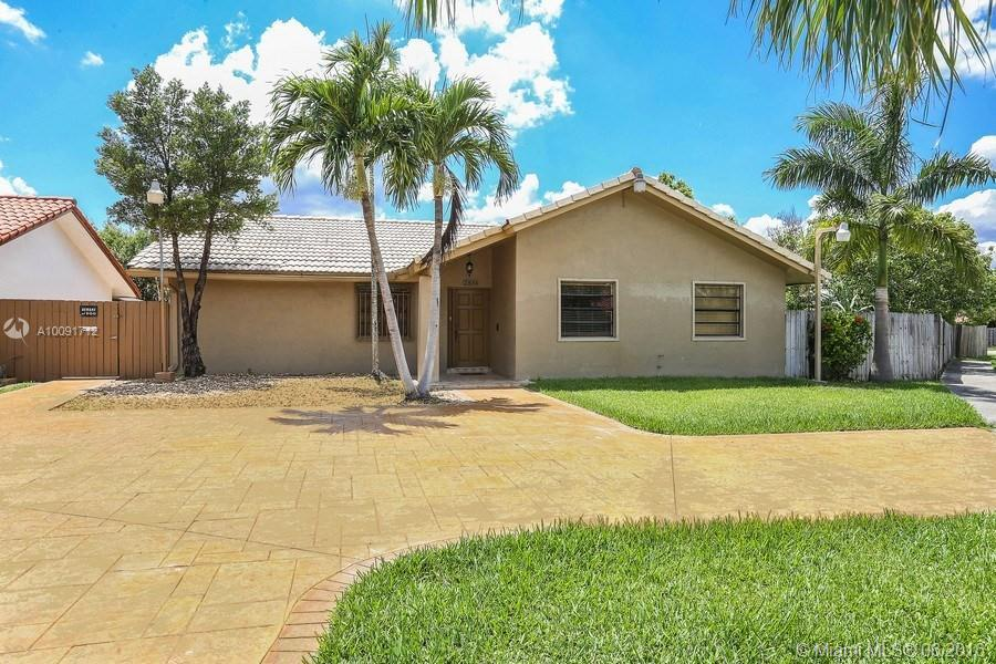 Photo of home for sale at 2834 132nd Ct SW, Miami FL