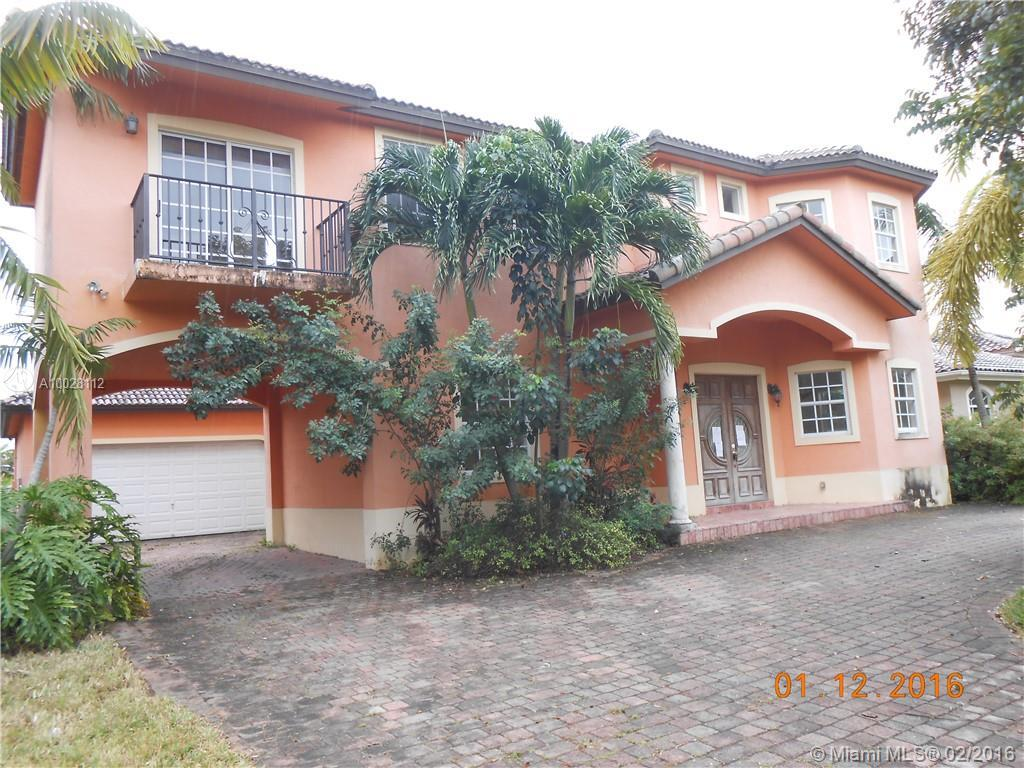 Photo of home for sale at 9950 26th St, Doral FL