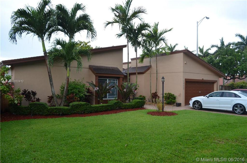 Photo of home for sale at 14654 63rd Ter SW, Miami FL