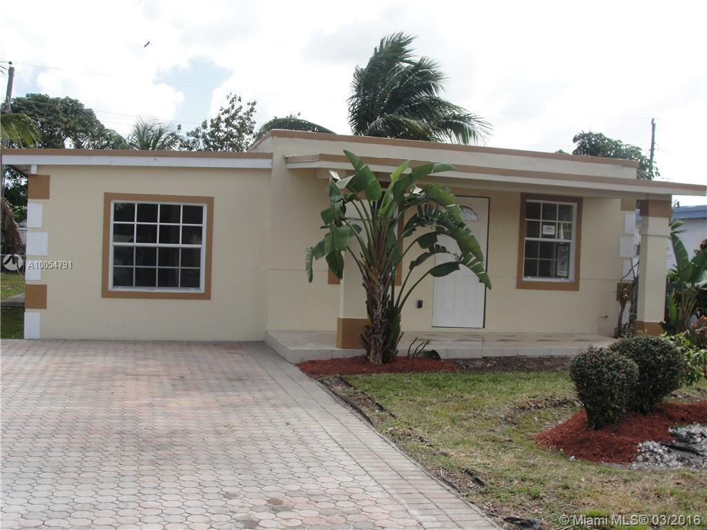 Photo of home for sale at 6128 21st St SW, Miramar FL