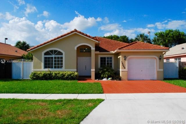 Photo of home for sale at 16605 90 ST SW, Miami FL