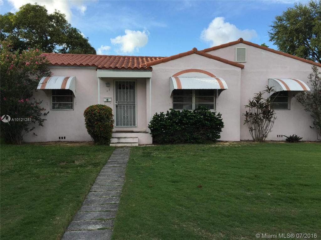 Photo of home for sale at 23 Fonseca Ave, Coral Gables FL