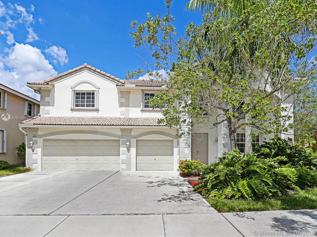 Photo of home for sale at 3898 Crestwood Cir, Weston FL