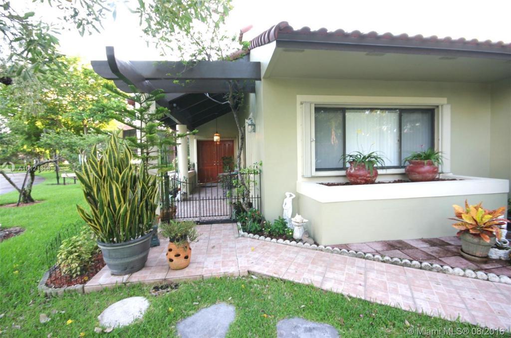 Photo of home for sale at 3400 Torremolinos Ave, Doral FL