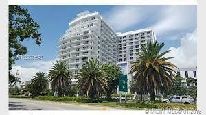 Photo of home for sale at 4250 Biscayne BLVD, Miami FL