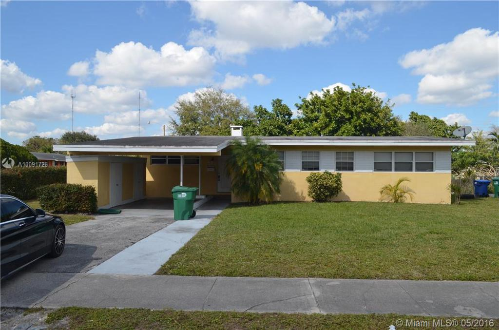 Photo of home for sale at 55 195th St NW, Miami Gardens FL