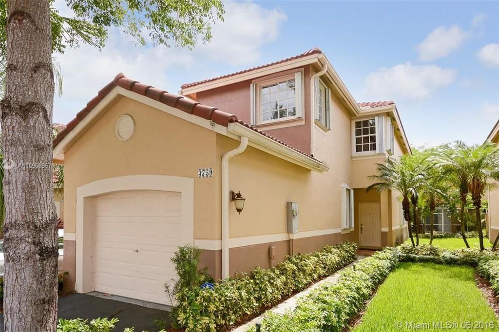 Photo of home for sale at 3759 San Simeon Cir, Weston FL