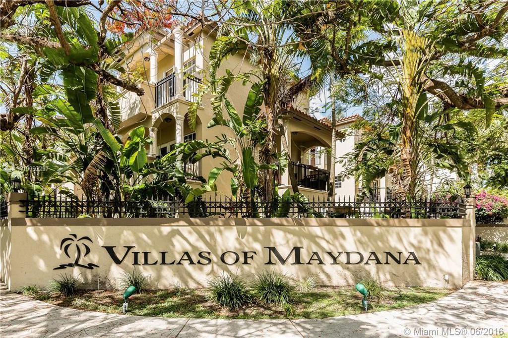 Photo of home for sale at 3310 Bird Ave, Coconut Grove FL