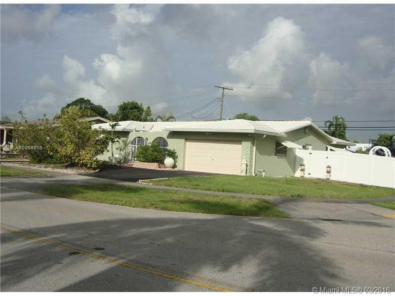 Photo of home for sale at 20806 Highland Lakes Blvd, Miami FL
